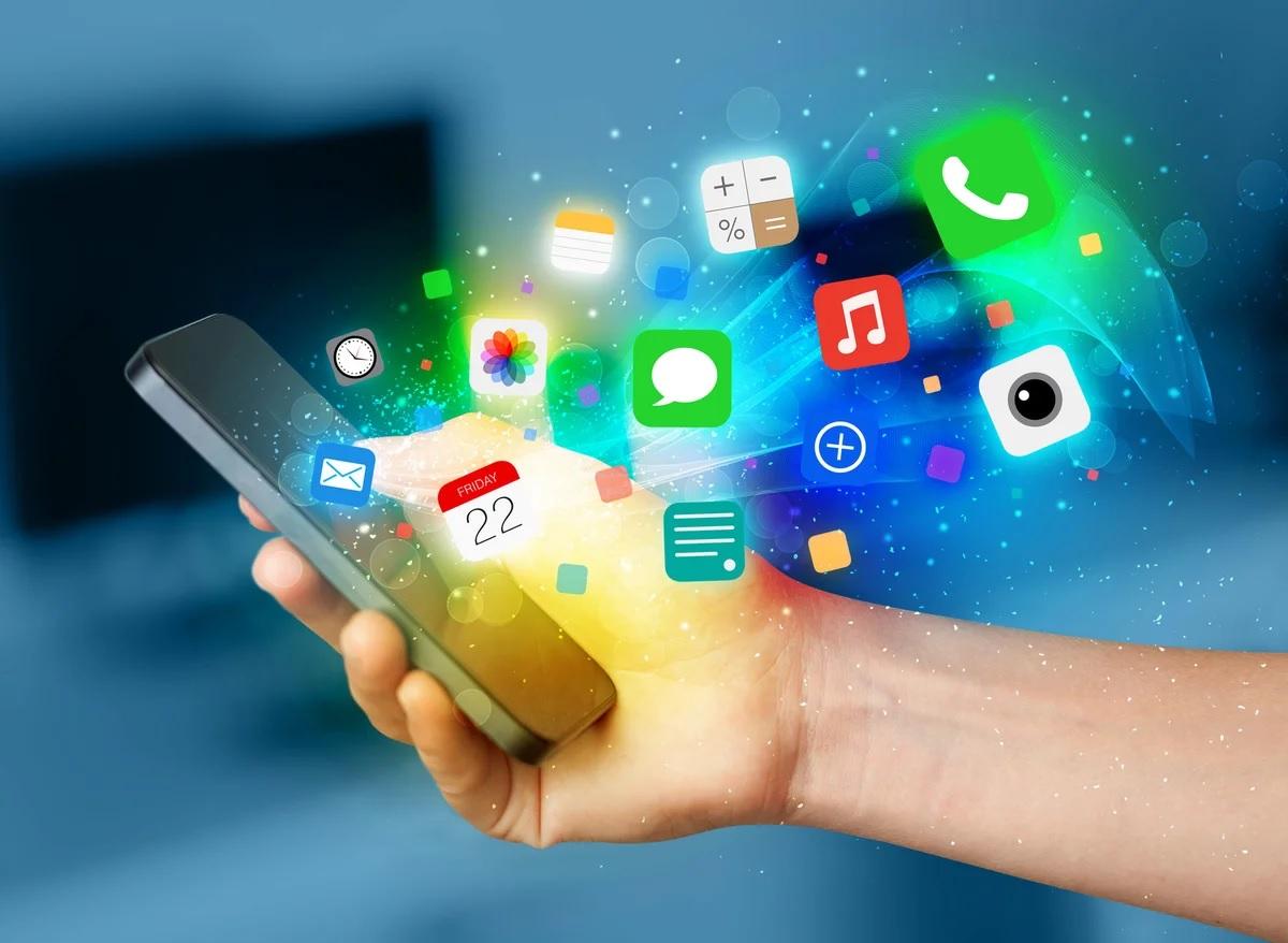 Названы замедляющие смартфон приложения
