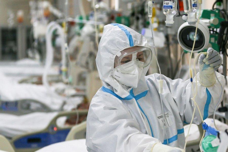 Российский врач дал прогноз новой волне коронавируса