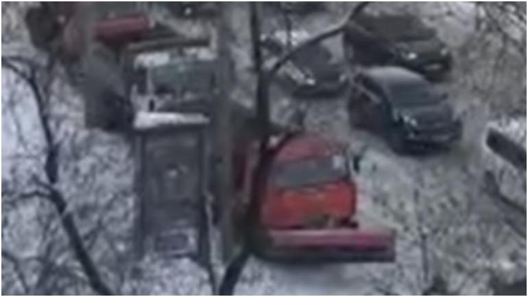 Новосибирского мэра попросили разъяснить, почему снегоуборочная техника используется нецелевым образом