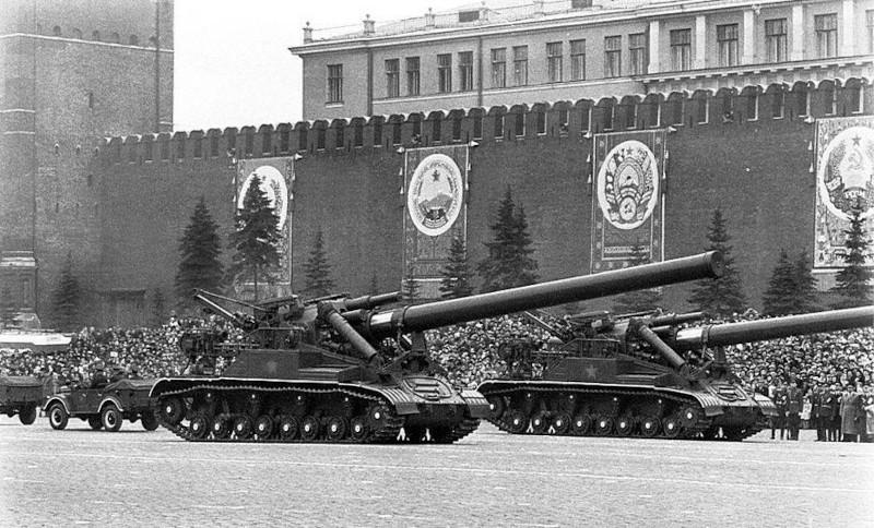 Американский политолог: российская ядерная артиллерия способна уничтожить НАТО в Европе