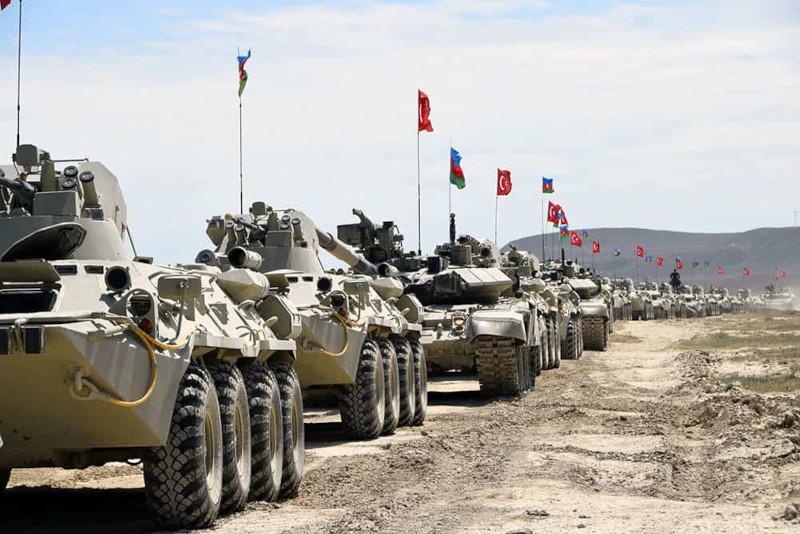 Американский эксперт: байденовская администрация разжигает новый кавказский кризис