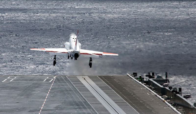 Новая эра электромагнитной системы авиазапусков ВМС США – 8000 взлетов
