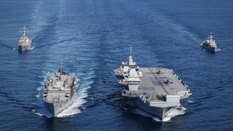 Sohu (Китай): Три российских бомбардировщика напугали британский авианосец в Средиземном море