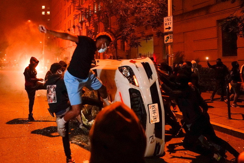 The Hill (США): национальные СМИ отказываются писать о событиях, более всего беспокоящих американцев