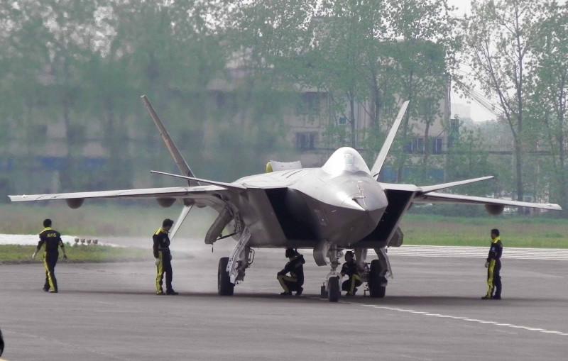 Китай развернул новое подразделение стелс-истребителей J-20A для охраны Тайваньского пролива и Северной Кореи