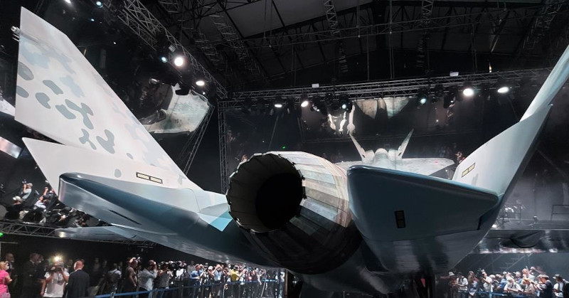 NI: как истребитель-невидимка Су-75 Checkmate может быть таким дешевым?