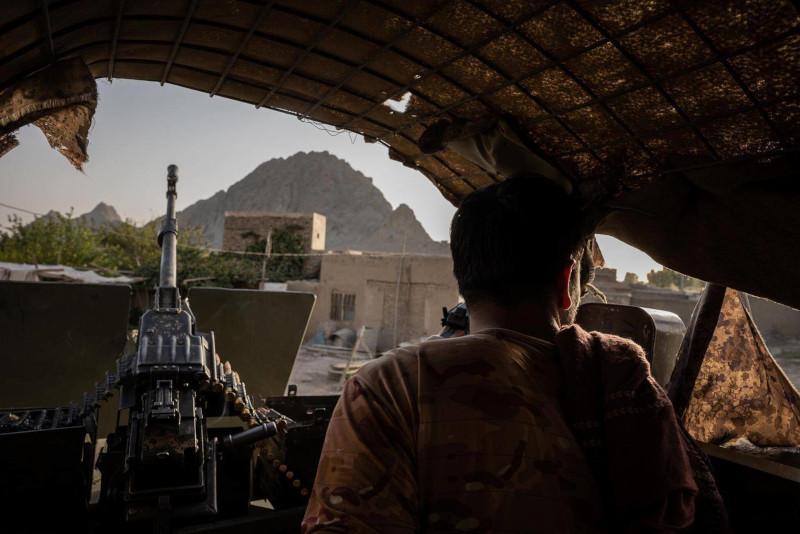 NYT: почему создаваемая 20 лет афганская армия пала за считанные дни