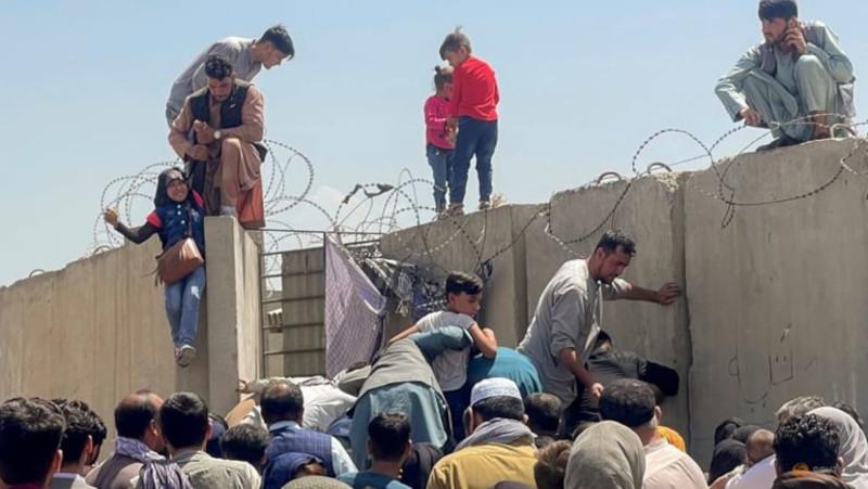 Английский эксперт: на доказательство бессмысленности вторжения в Афганистан потребовалось 20 лет