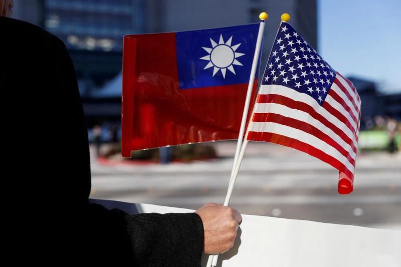 The Guardian: Белый дом опроверг обещание Байдена обеспечить защиту Тайваня от Китая