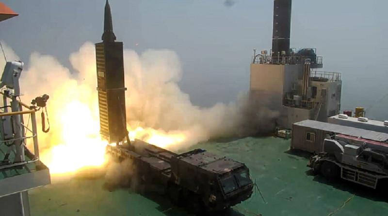 Южная Корея разрабатывает ракету, по мощности не уступающую ядерному оружию
