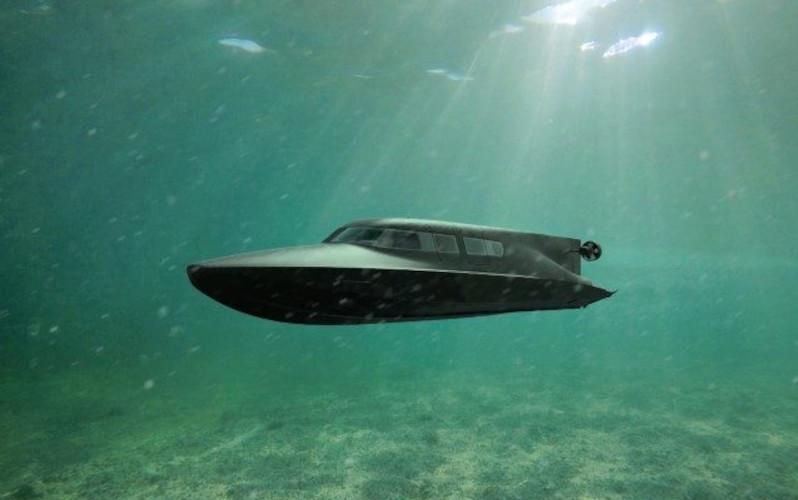 В Англии начались испытания надводно-подводного судна Victa