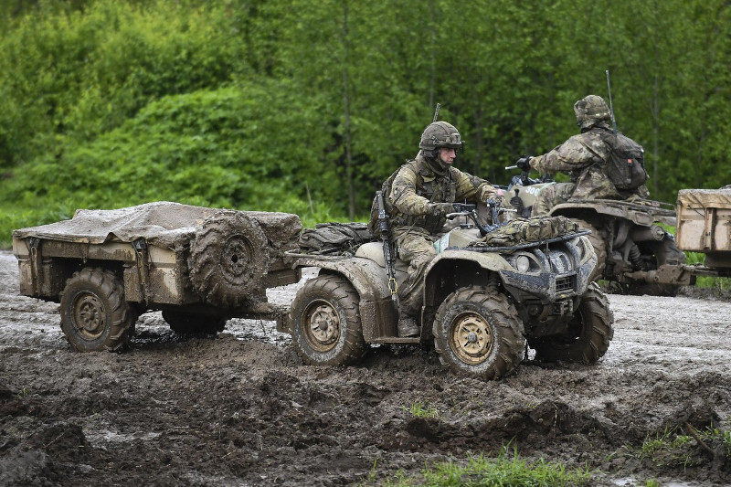 Вооруженные силы Эстонии будут усилены новой артиллерией, системами ПРО и БПЛА
