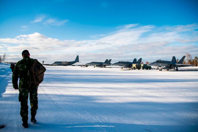 Финляндия увеличила оборонный бюджет для покупки новых истребителей